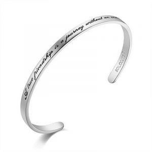 "SOLOCUTE Bracelet Femme Gravé ""A true friendship is a journey without an end"" Inspiration Manchette Bijoux de la marque Solocute image 0 produit"