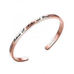 "SOLOCUTE Bracelet Femme Gravé ""The Love Between A Mother and Daughter Knows No Distance"" Inspiration Manchette Bijoux de la marque Solocute image 0 produit"
